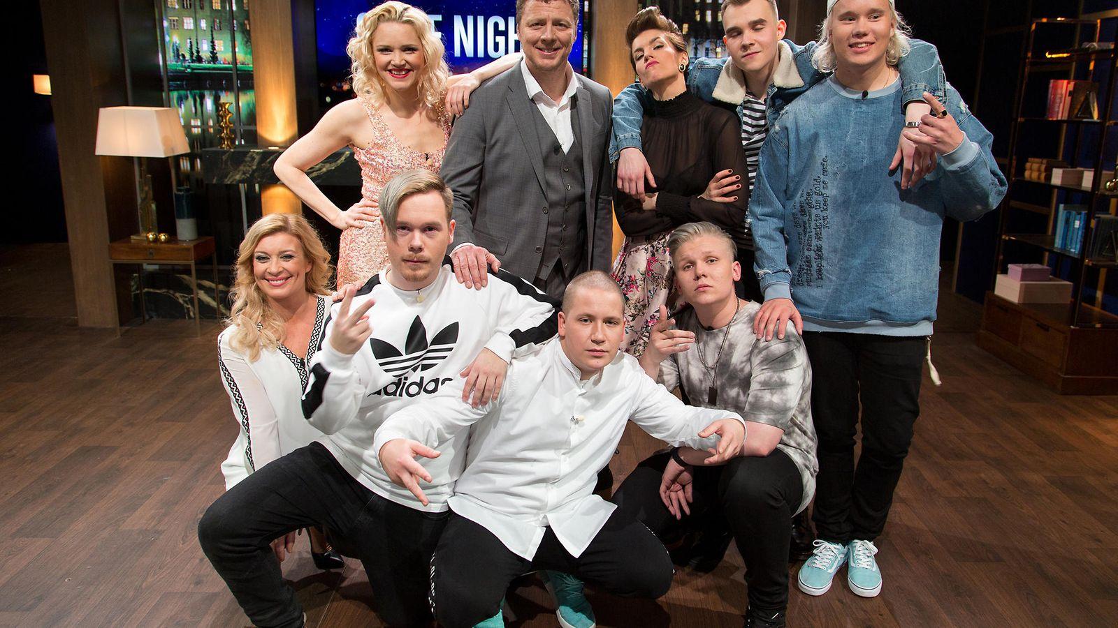 Jakso 1: Vieraina Anu Sinisalo, Lasse Piirainen ja Kiti