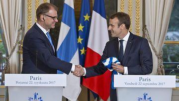 Emmanuel Macron Juha Sipilä (1)