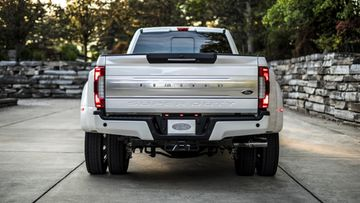ford f super duty limited 3