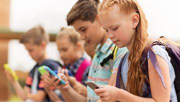lapset älypuhelin