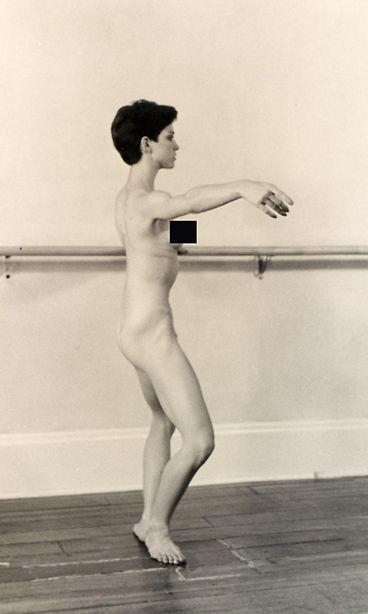 Täysin alasti naisten kuvat-1642