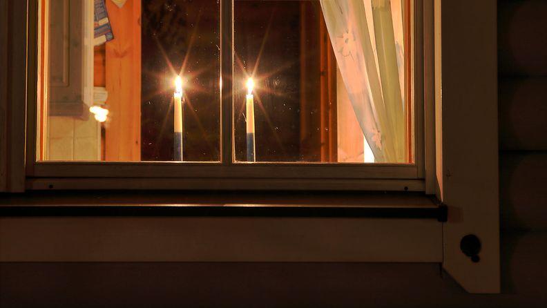 kynttilä (2)