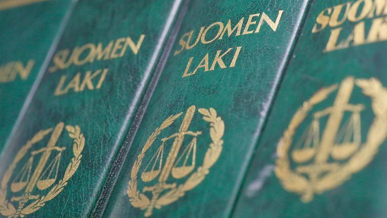 1.03706849 Laki oikeus tuomio