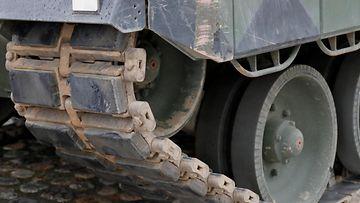 AOP 1.03731656 Puolustusvoimat tankki, panssarivaunu