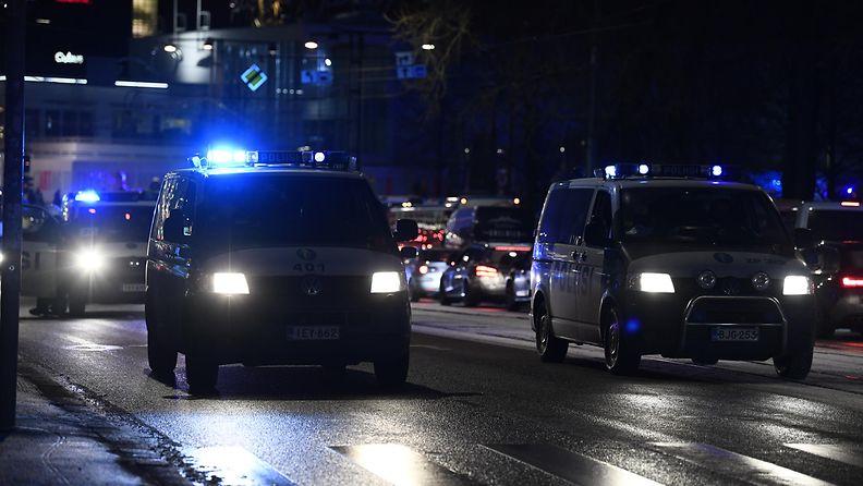 Poliisi auto