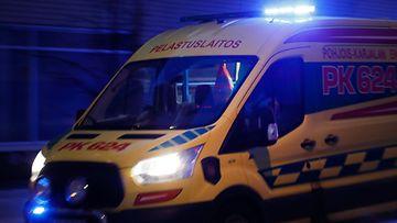 AOP ambulanssi kuvitus 1.03679083