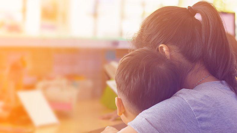 yksinjuoltajuus, äiti, lapsi