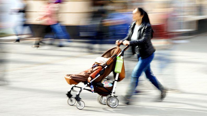 kiire, lastenvaunut