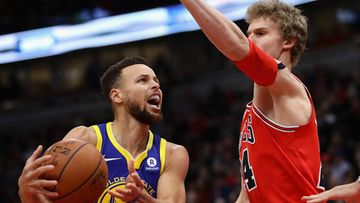 Stephen Curry Lauri Markkanen