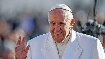 Paavi rinnasti valeuutiset saatanan toimintaan