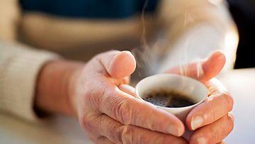 kahvi mies kahvinjuonti