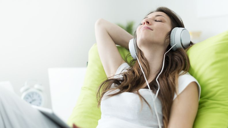 kuunnella musiikkia