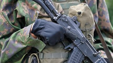 AOP varusmies puolustusvoimat armeija rynnäkkökivääri 1.03731684