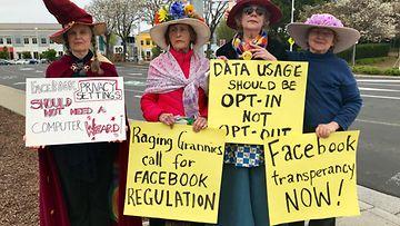 Facebook-mielenosoitus