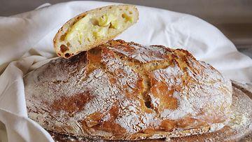 leipä leivonta