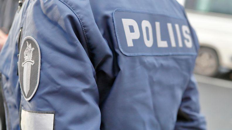 AOP poliisi (1)