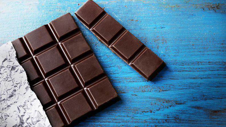 tumma suklaa