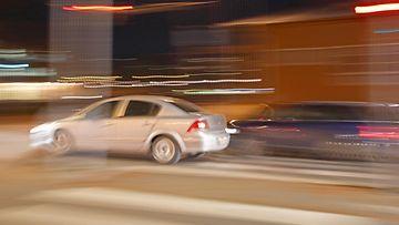 AOP auto, liikenne, yö