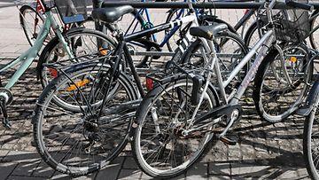 AOP Polkupyörä polkupyörät pyöräilijä pyörä pyörävaras pyörät 1.03789788