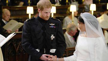 prinssi harry herttuatar meghan häät