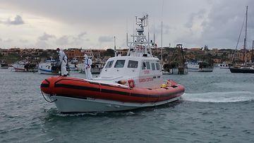 AOP Italia rannikkovartiosto Välimeri vene