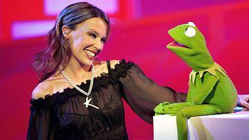 Kylie Minogue ja Kermit 2001