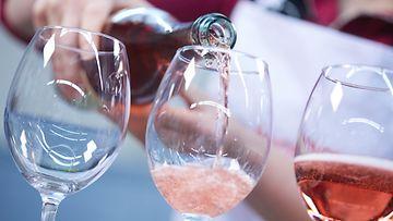 roseeviini rosee viini