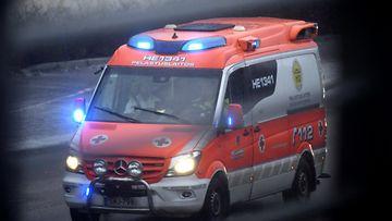 ambulanssi LEHTIKUVA