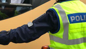 poliisi poliisi puhallusratsia puhallutus liikennevalvonta liikenne
