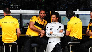 Cyril Abiteboul & Carlos Sainz