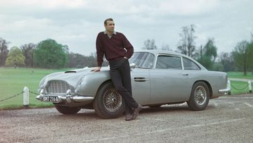 james bond sean connery aston martin db5 (1)