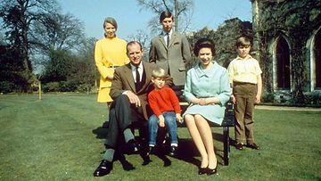 kuningatar elisabet prinssi philip lapset