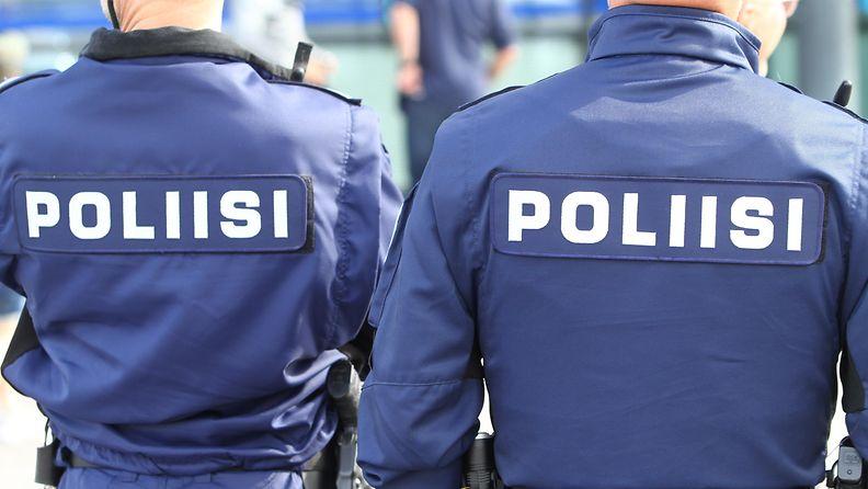 Uusi Poliisi kuvitus AOP (2)