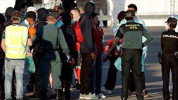 AOP Välimeri turvapaikanhakijat siirtolaiset Valencia Espanja Aquarius