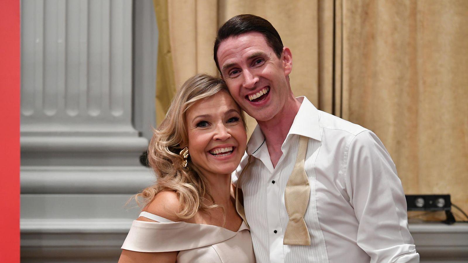 Martin Johnson dating Christina Perri