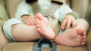 turvaistuin, lapsi, auto