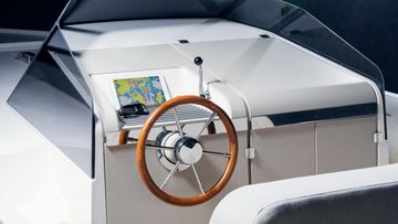 q-yachts q30