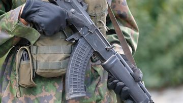 AOP armeija, varusmies, rynnäkkökivääri