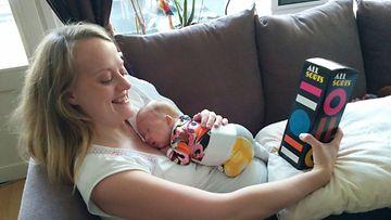 Tiia Hauhio, keskosvauva, vauva