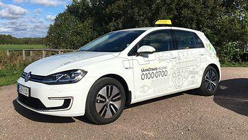 taksi helsinki volkswagen e-golf