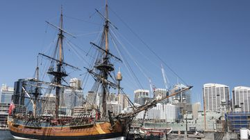 HMS Endeavour james cook
