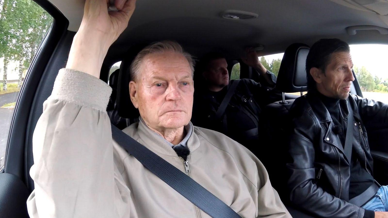 """Tänään Rikospaikassa: Eläkkeellä oleva poliisi Timo palaa Pihtiputaan poliisimurhapaikalle – """"Se ..."""