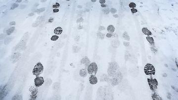 Liukas tie lunta lumi liukkaus AOP