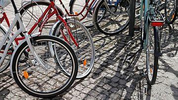 Polkupyöriä pyörävarkaus AOP