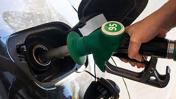 polttoaine bensa bensiini tankkaaminen tankkaus