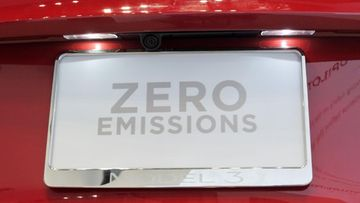tesla sähköauto zero emissions