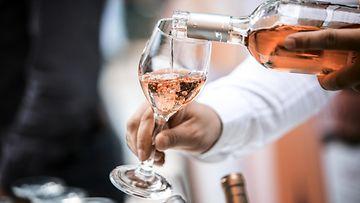 roseeviini juomat viini