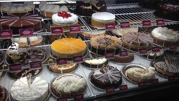 Cheese Cake Factory, täyteläinen valikoima amerikkalaisia juustokakkuja, kuva Arja Elina