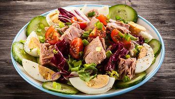 tonnikalasalaatti salaatti