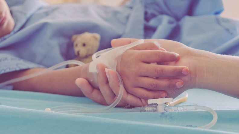 lapsi, sairaala
